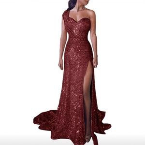 11/18! Free earrings! Red Sequined Evening Gown XS